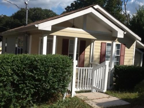 Atlanta: Large 3 Bedroom Home. New Paint, Carpe...