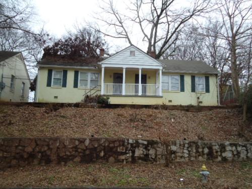 Ranch Duplex located in Atlanta! Newly renovate...