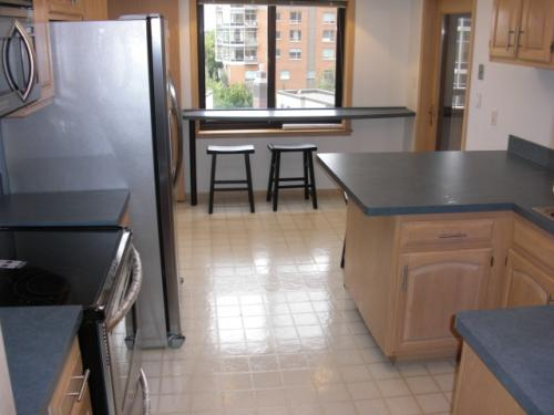 110 N 1st Ave NE - This large unit is on the 5th floor and has a 400 sq ft private patio