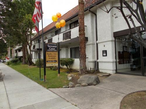 Tarzana CA