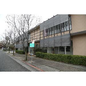 Redding, CA - Suite 101 Available - PRIME LOCATION at freeway entrance to downtown