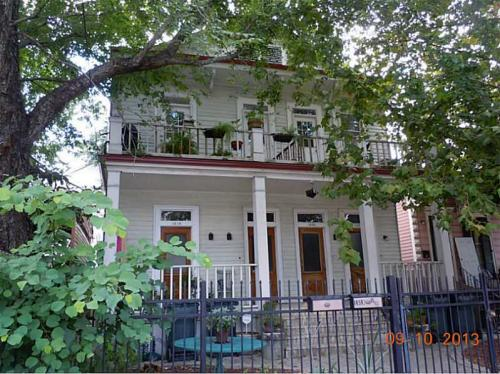 Apartments And Houses For Rent Near Me In Lower Garden District New Orleans